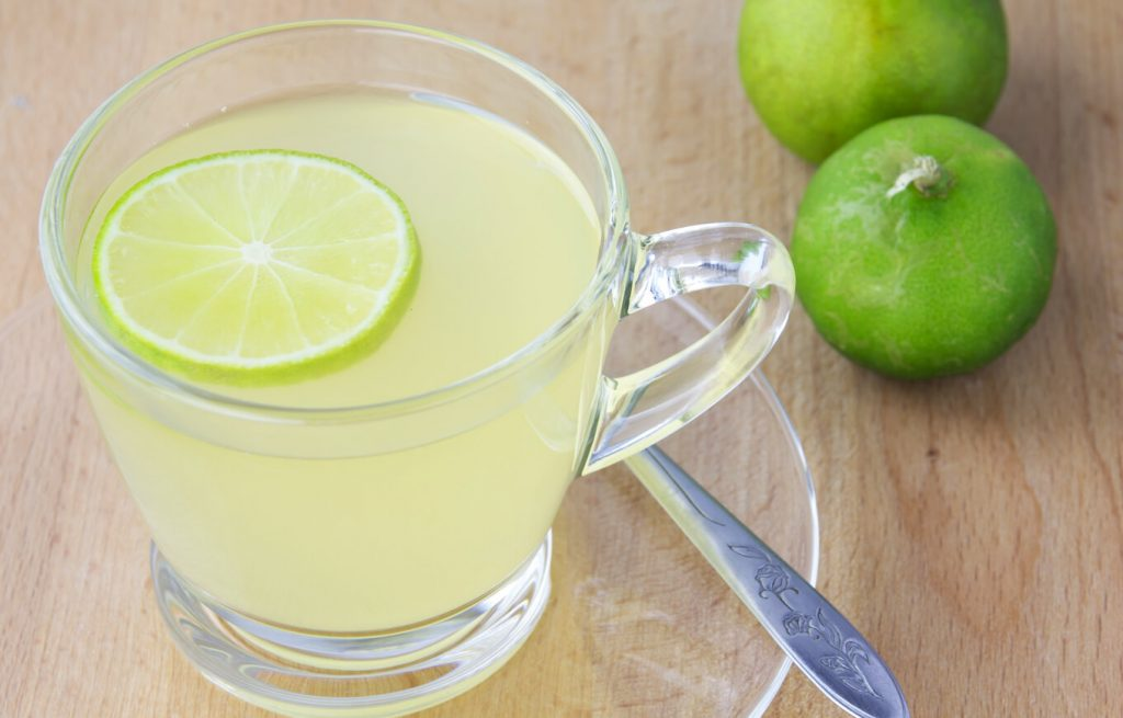 การดื่มน้ำมะนาว  1