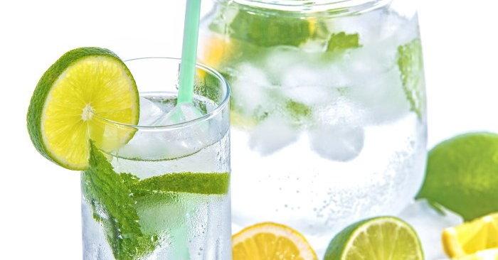 การดื่มน้ำมะนาว-ช่วยป้องกันนิ่วในไต