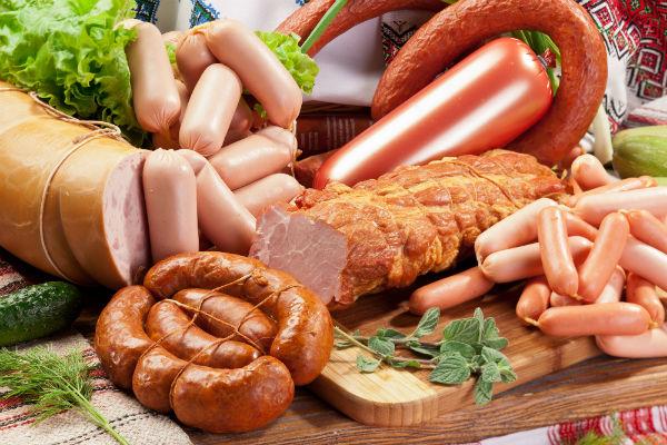 อาหารที่ไม่ควรบริโภคติดต่อกัน - กลุ่มอาหารเนื้อสัตว์แปรรูป