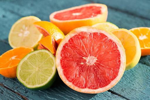 อาหารช่วยบรรเทาอาการซึมเศร้า - ผลไม้ที่มีรสชาติเปรี้ยวผลไม้ที่มีรสชาติเปรี้ยว